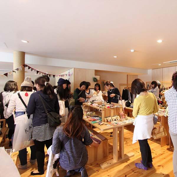 作家さんやカフェが集まるワンデイイベント