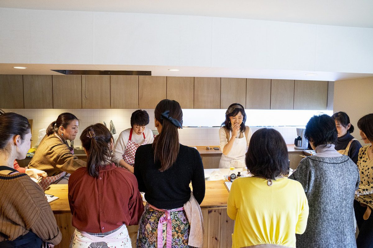 ベジ活お料理教室やロースイーツ教室でも大人気の中島さちこさんのレッスンです。