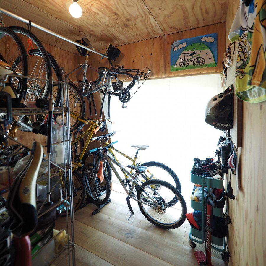 12台の自転車が収納できるスペース
