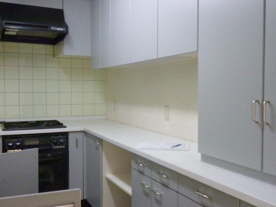 施工前の一般的な台所