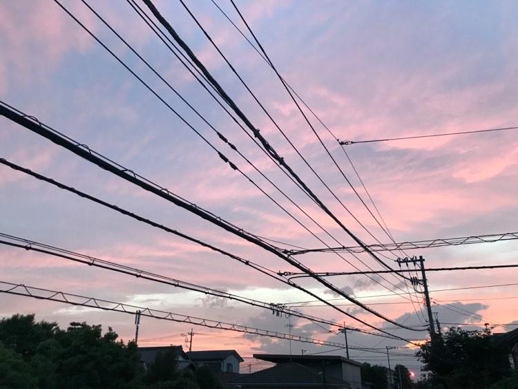 昨日の夕方の空もとても綺麗でした。