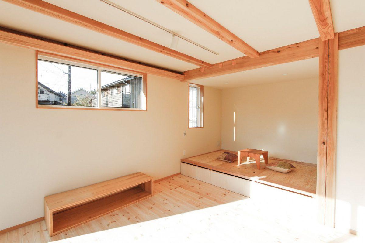 リビングに小上がりがある家です(※実際は畳が入ります!)
