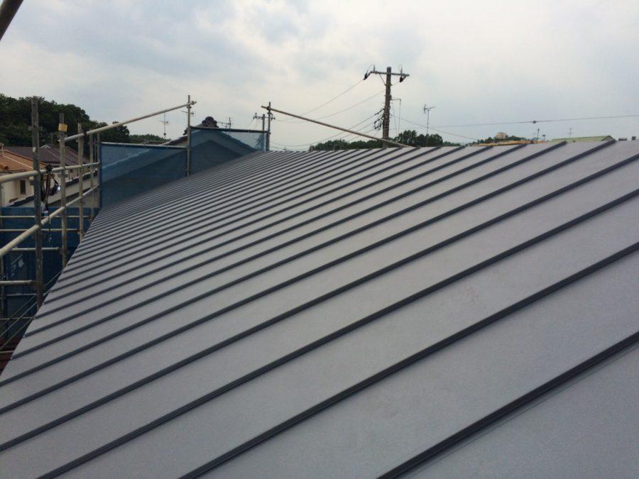 ガルバリウム屋根に葺き替え/耐震性がアップします