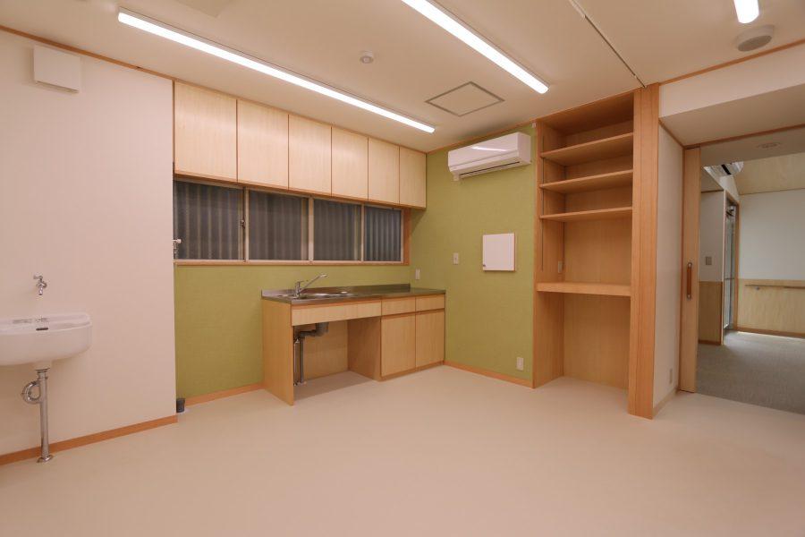 改修後の胃カメラ室。この他 X線室も備えています。