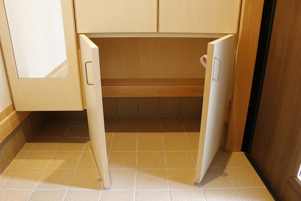 生協の戸配ボックスがキレイに納まります