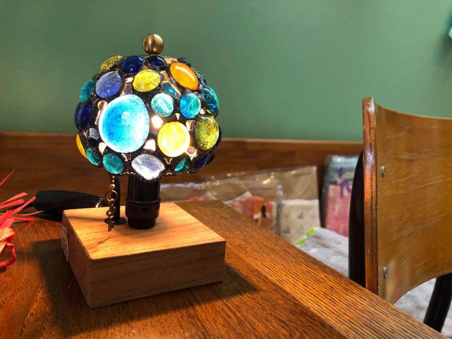しっとり。。夜はこういうランプを灯しておさけでもいただきたい。